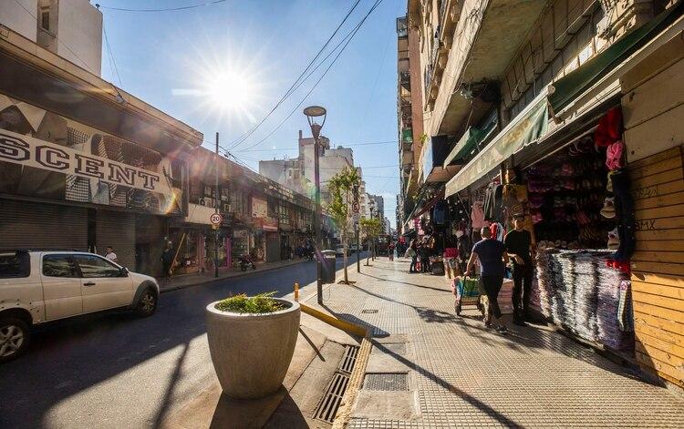 La Ciudad promovió el desarrollo comercial de la zona de Once y que el peatón se sienta seguro, con una mejor vivencia del espacio público