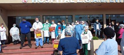 Se realizó la jornada nacional de protesta de la Asociación Sindical de Profesionales de la Salud de la Provincia de Buenos Aires (CICOP)