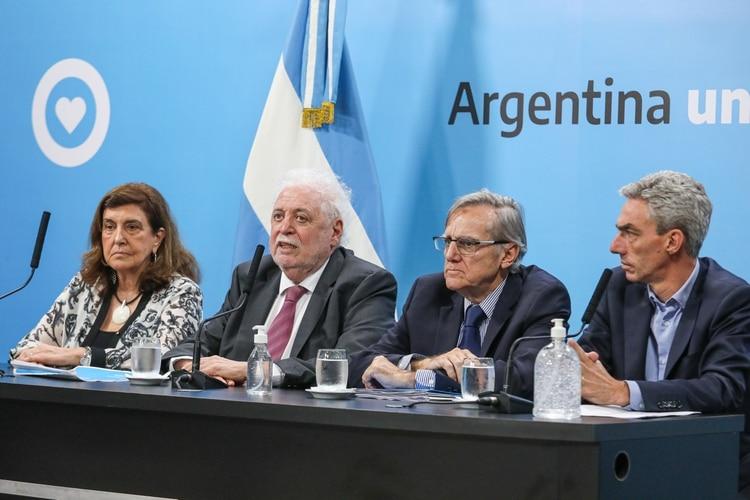 El ministro de Salud aseguró que Argentina sigue estando en una etapa de