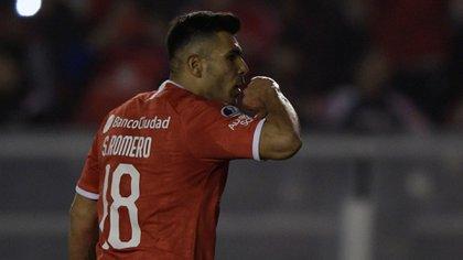 Silvio Romero fue el goleador de la pasada Superliga (Photo by JUAN MABROMATA / AFP)