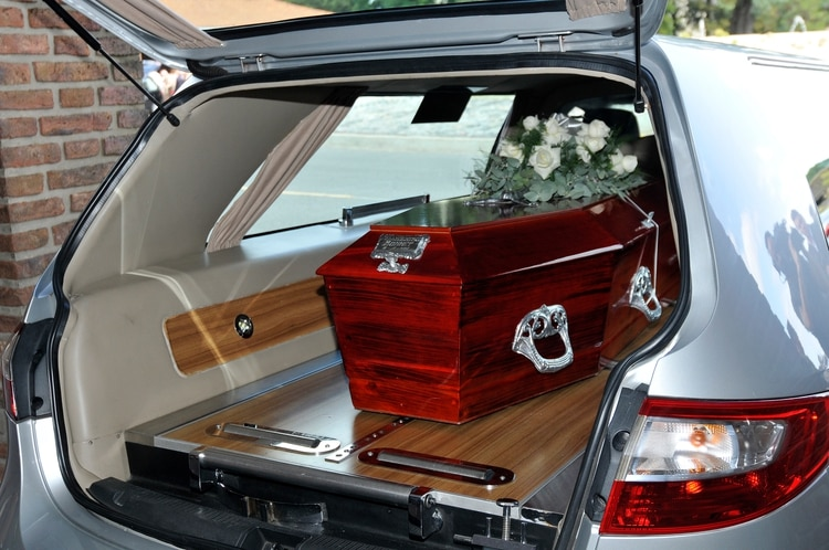 Beatriz Bonnet fue enterrada sin familiares ni amigos 7
