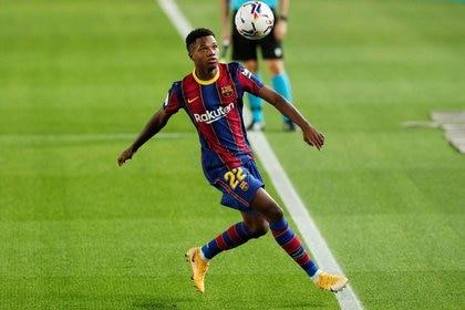 Ansu Fati está entre los máximos candidatos a ganar el Golden Boy 2020 (REUTERS)