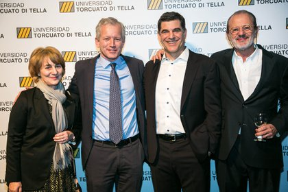 Nicolás Szekasy, miembro del Consejo Económico y Social de la Universidad Torcuato Di Tella, Cairoli, Schargrodsky y Roberto Vivo