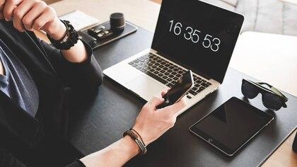 Después de meses de trabajar a distancia, es muy posible que la modalidad se imponga y haya mucho menos gente que se desplace todos los días para ir a una oficina. (Foto: Pixabay)