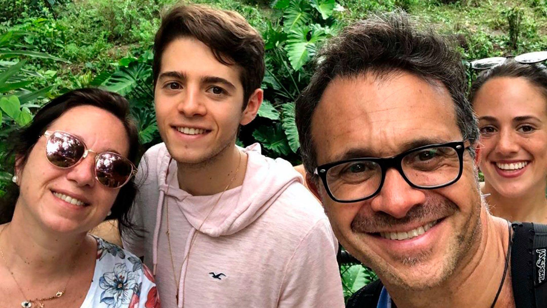 Sergio junto a su familia (Foto: Instagram)
