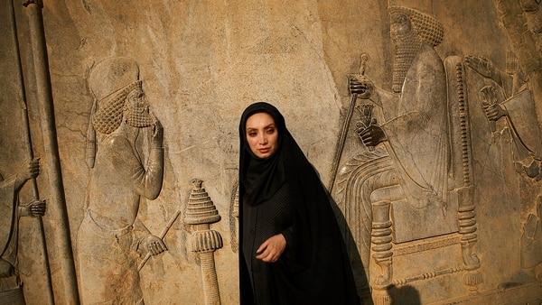 Una actriz filma una escena de una película en Irán. Newsha Tavakolian, 2008