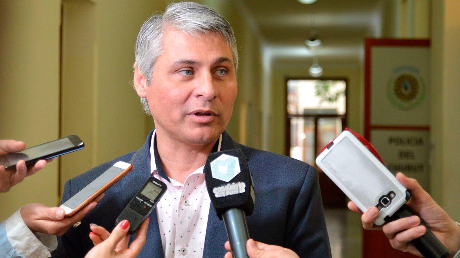 Con la salida de Cassutti, la provincia cambia el ministro de Educación por cuarta vez en el año (@gobiernochubut)
