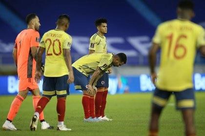 Luego de las fechas de eliminatorias sudamericanas, Copa UEFA de Naciones y partidos amistosos disputados entre el 12 y el 18 de noviembre, Colombia perdió cinco puestos, pasando del décimo al decimoquinto, por debajo de países como Dinamarca, México o Italia0. REUTERS/Luisa Gonzalez