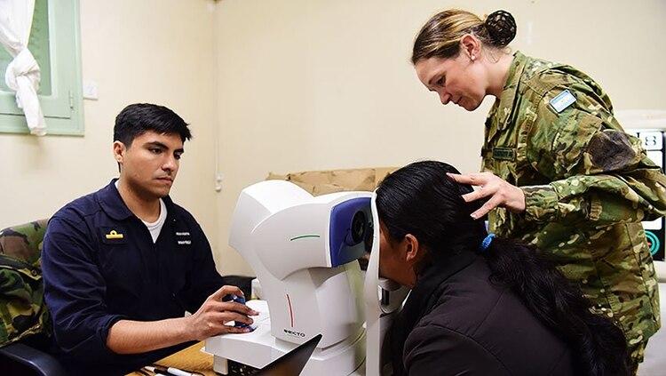 El Ministerio de Salud advirtió que los militares deberán cumplir con las normas de cada país para evitar la propagación del coronavirus