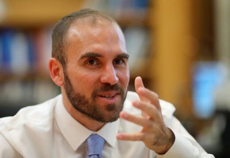 En una entrevista a un diario español, el ministro de Economía Martín Guzmán dijo que la estabilidad en los tipos de cambios paralelos depende de la estabilidad de la economía en general