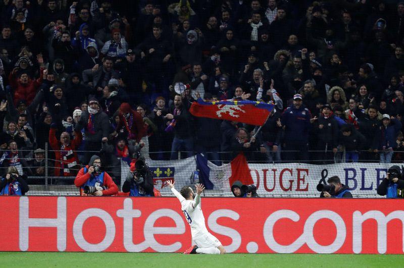 El estadio del Lyon tuvo una de sus mayores afluencias de su historia con 57.335 espectadores (Foto: Reuters)
