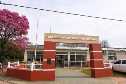 Colegio Madre Teresa de Calcuta, en Colonia Pando.