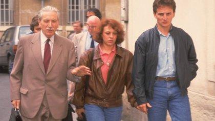 Los Villemin junto a su abogado: un matrimonio bien avenido