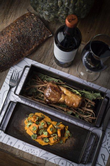 Restaurante Renacer- Solomillo de cerdo, calabazas, crema de pasas y miel