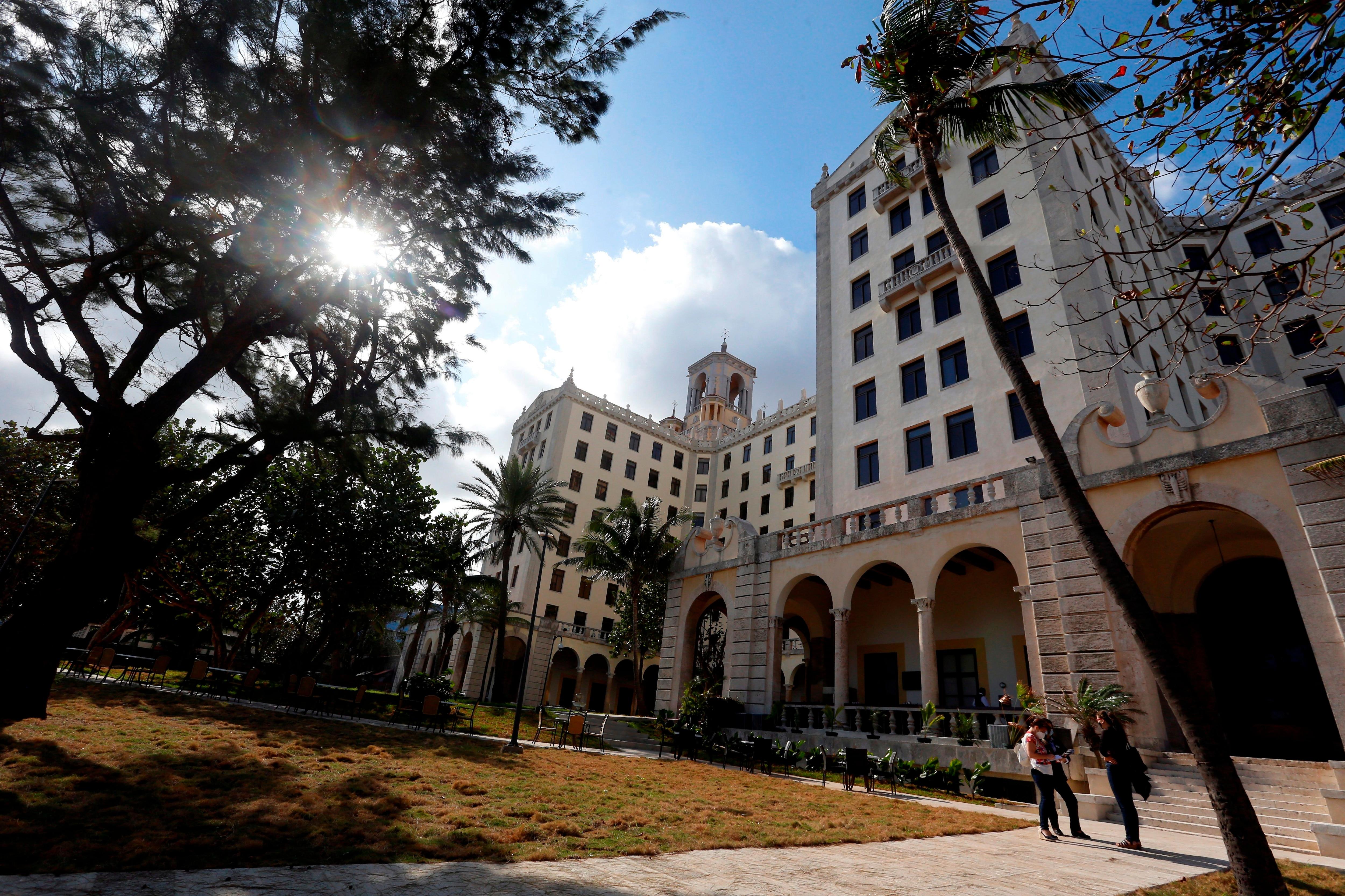 Fotografía que muestra la fachada exterior del Hotel Nacional de Cuba el 19 de enero del 2021, en La Habana (Cuba). EFE/ Ernesto Mastrascusa