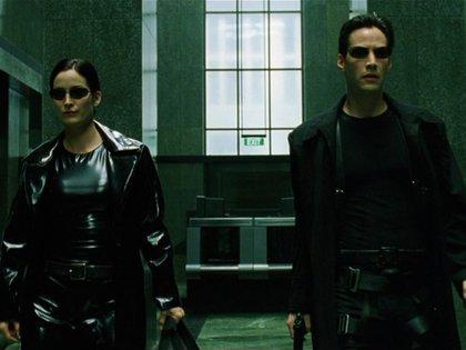 The Matrix fue estrenada en 1999 y ha sido considerada por la crítica como una de las mejores películas de ciencia ficción (Foto: Captura Yotube)