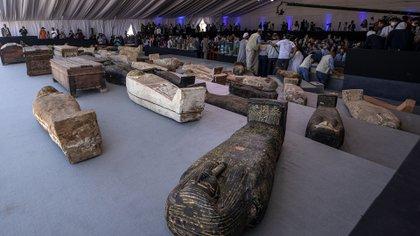 El sitio de Saqqara, a poco más de 15 kilómetros al sur de las pirámides de la meseta de Guiza, alberga la necrópolis de Memphis, la capital del antiguo Egipto. Está declarado Patrimonio de la Humanidad por la Unesco (AP/Nariman El-Mofty)