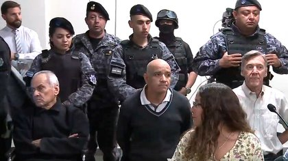 Los tres acusados en la sala: Corradi, Gómez y Corbacho.