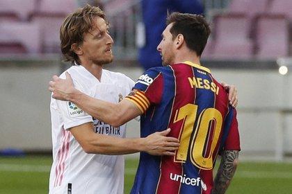 Son siete los clásicos que lleva Lionel Messi sin marcarle al Real Madrid (Foto: REUTERS)