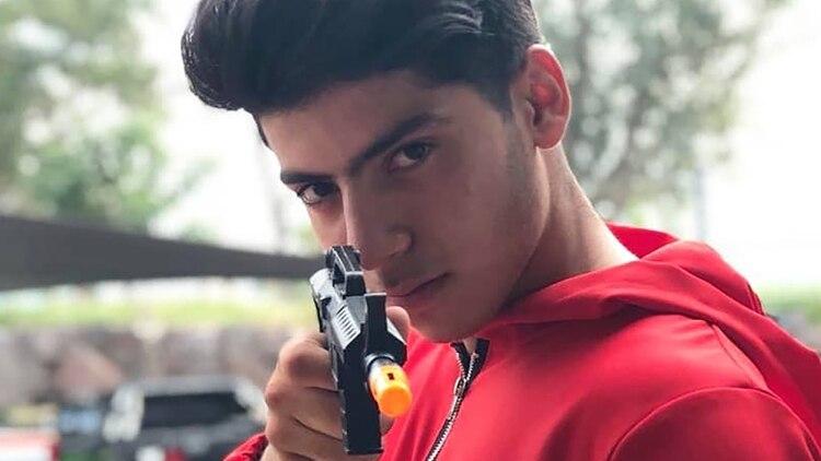 Naim Vera, el joven que asesinó a su novia la semana pasada, había mostrado su apoyo a la causa feminista contra las violencias machistas: