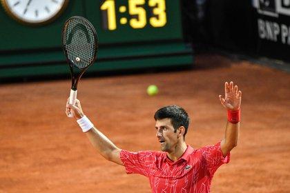 Djokovic ganó un nuevo título y se afianza en el primer puesto del ranking ATP (EFE)