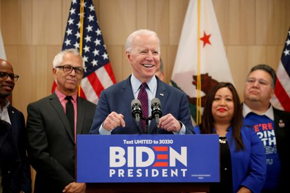 FILE PHOTO: Democratic U.S. presidential candidate and former Vice President Joe Biden speaks during a campaign stop in Los Angeles, California, U.S., March 4, 2020. REUTERS/Mike Blake/File Photo