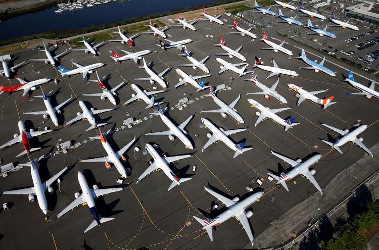 Docenas de aviones Boeing 737 MAX en el Boeing Field de Seattle, Washington (REUTERS/Lindsey Wasson/File Photo)