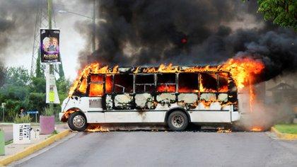 Los narcobloqueos se extendieron por varias horas (Foto: Reuters)