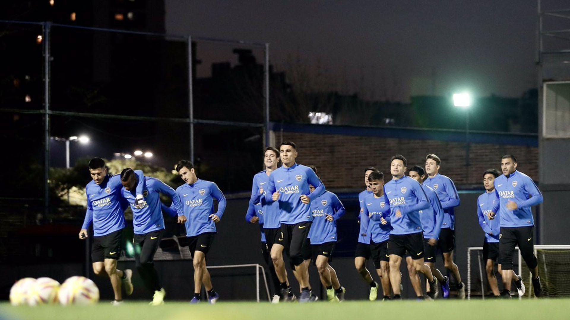 Boca busca los refuerzos para pelear la Copa Libertadores en el segundo semestre(@BocaJrsOficial)