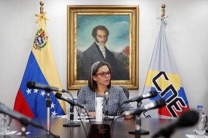 Indira Alfonzo, la nueva presidenta del Consejo Nacional Electoral designada por la Corte Chavista, fue sancionada por el gobierno de Canadá por haber facilitado junto a otros funcionarios la reelección fraudulenta de Maduro en 2018. (REUTERS/Manaure Quintero)