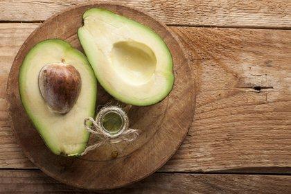 La palta puede ser utilizada en recetas dulces y saladas o como reemplazo de manteca (iStock)