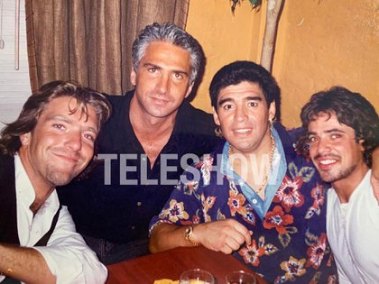 Alejandro Fantino, Leo Sucar, Diego Maradona y Luciano Castro