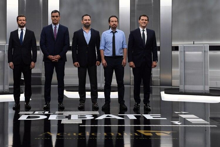 Pablo Casado, Pedro Sánchez, Santiago Abascal, Pablo Iglesias y Albert Rivera (AFP)