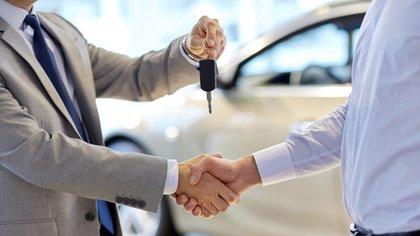 La venta de autos nuevos es uno de los ansiados brotes verdes del Gobierno (iStock)