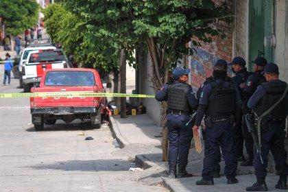 Autoridades de Guanajuato y Michoacán, coordinaron el arresto del Mamer, quien está involucrado en el multihomicidio de Manuel A., Israel O., Lisset G., José Antonio S. y otra persona del sexo masculino que no ha sido identificada (Foto: EFE/Str)