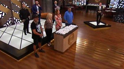 El Mono de Kapanga, Claudia Villafañe, Analía Franchín y Roberto Moldavsky en la primera emisión del ciclo