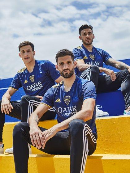 Nicolás Capaldo, Lisandro López y Eduardo Salvio, tres figuras más con la nueva casaca de Boca color azul marino