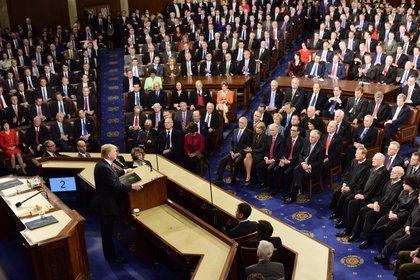 Donald Trump durante su primer discurso ante el Congreso en 2017. Los legisladores podrían convertirse en jueces si avanza el impeachment