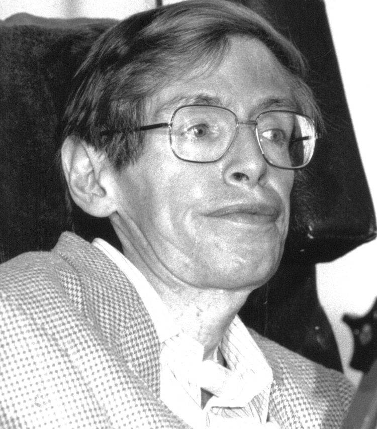 El célebre científico Stephen Hawking es uno de los que sufrieron de Esclerosis Lateral Amiotrófica (Shutterstock)