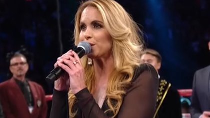 """""""Creo que lo canté correctamente"""": Lucero recordó el día en que interpretó el Himno Nacional en una pelea del """"Canelo"""""""