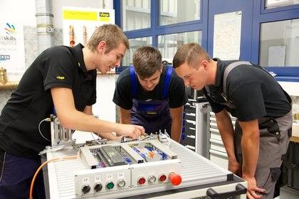 Estudiantes alemanes en una escuela vocacional