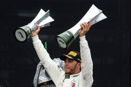 Hamilton celebra tras ganar en Brasil en el 2018 (Foto: Reuters)