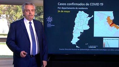 En el anuncio de la nueva etapa de cuarentena el Presidente evitó mostrar filminas como en otros anuncios