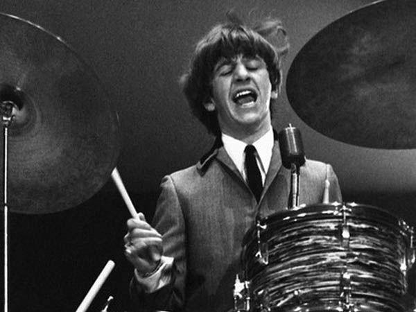 Su fecha dorada, el momento preciso en que su vida fue bendecida fue el 14 de agosto de 1962. Ese día los Beatles despidieron a Pete Best y lo invitaron a ser su baterista. A partir de esa tarde, Ringo, contra todos los pronósticos, entró a la historia (Reuters)