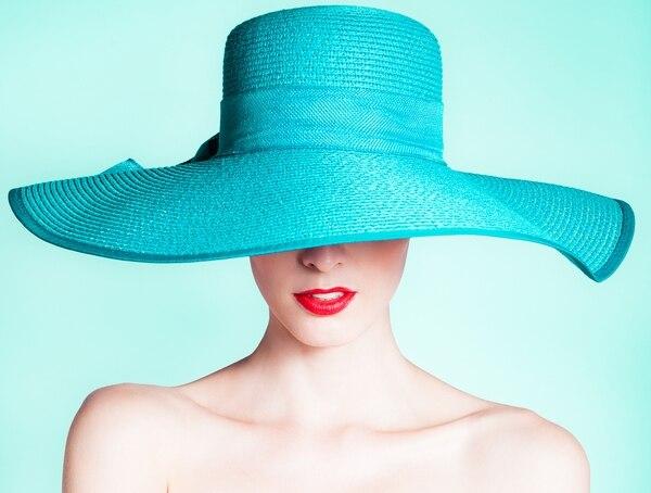 Las capelinas vienen de diferentes tamaños, colores y diseños (Getty Images)