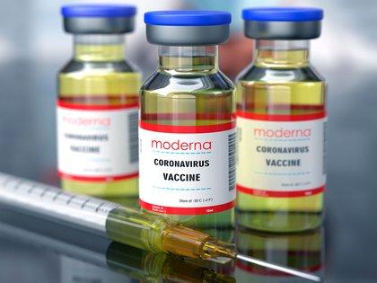 La vacuna de Moderna comenzó a evaluar a adolescentes de 12 a 17 años (Shutterstock)