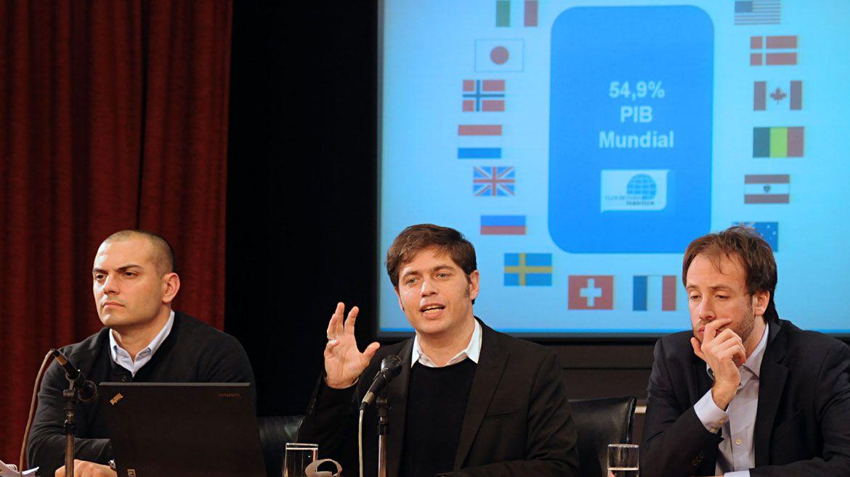 Axel Kicillof, al explicar como ministro el acuerdo con el Club de París, que Guzmán quiere renegociar por sus altas tasas de interés