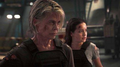 """Linda Hamilton y Sofía Reyes, en una escena de """"Terminator: Destino Oculto"""""""