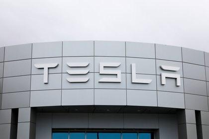 Tesla es una empresa famosa por producir autos 100% eléctricos (Foto: Reuters / Mike Blake)