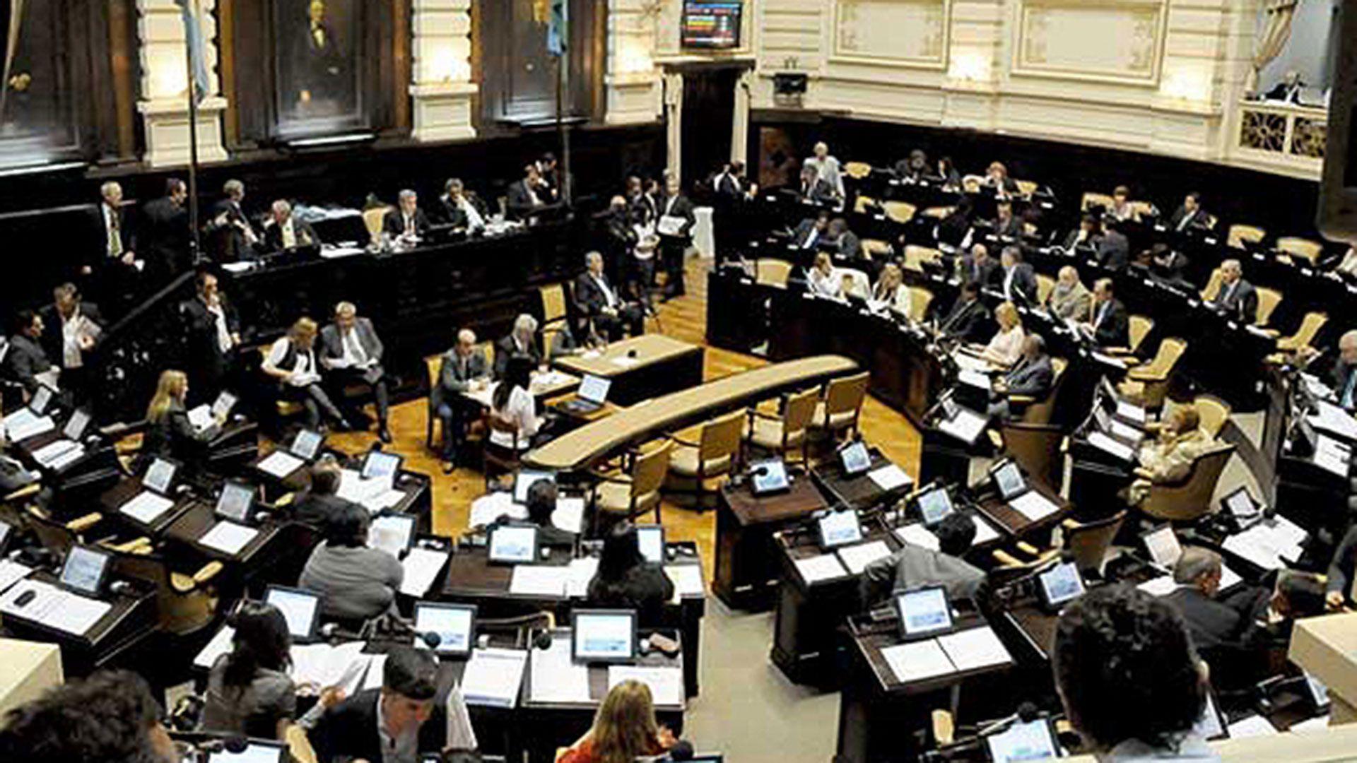 El parlamento bonaerense debería tratar las próximas semanas el presupuesto 2021 que fue presentado por la administración de Axel Kicillof el 6 de noviembre pasado.